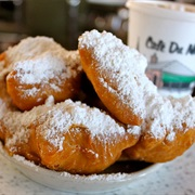 Beignets: Louisiana