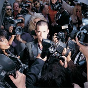 Robbie Williams - Life Thru a Lens