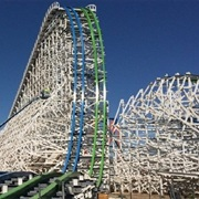 Twisted Colossus (Six Flags Magic Mountain, USA)