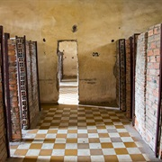 Tuol Sleng & the Killing Fields