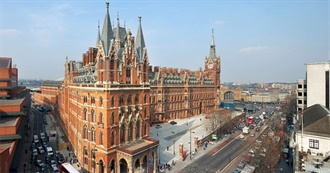 Most Extraordinary Railway Stations Around the World