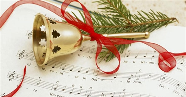 100 most popular christmas songs